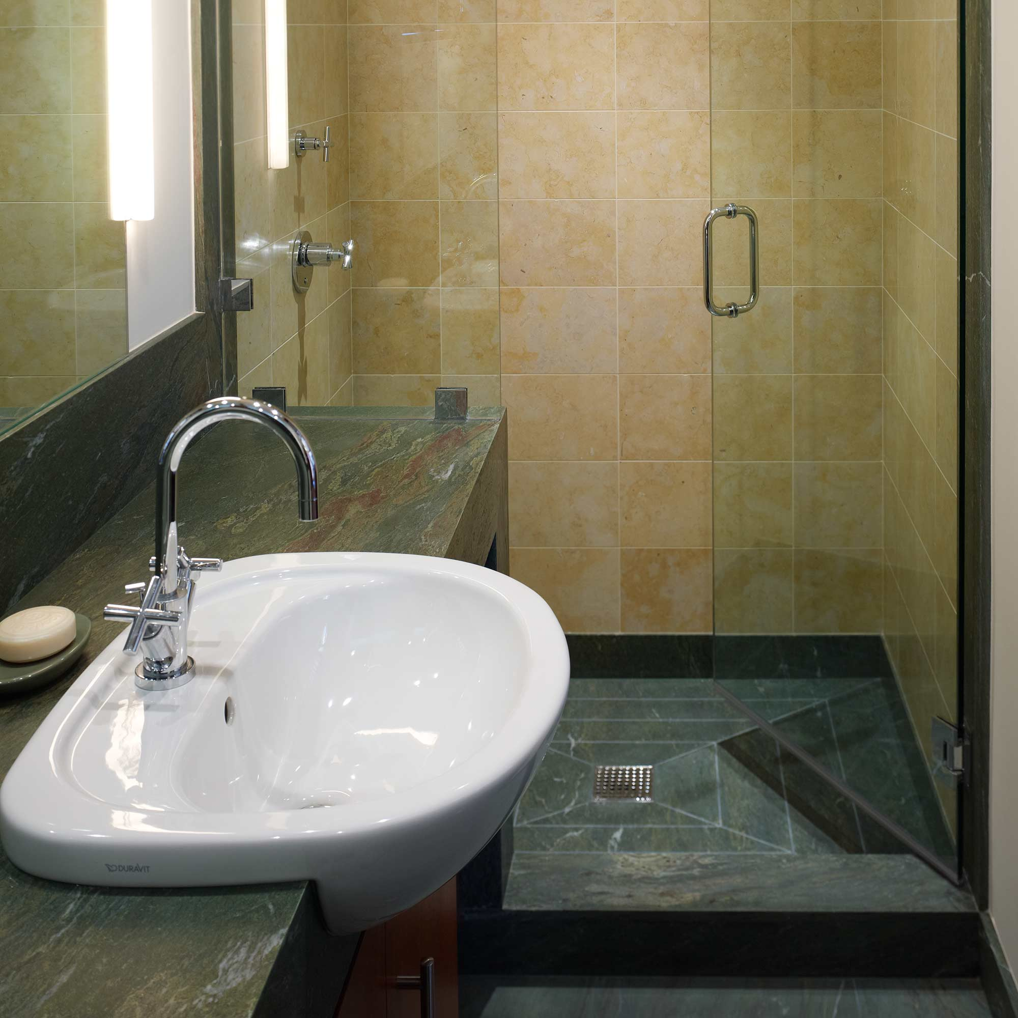 manhattah-bathroom