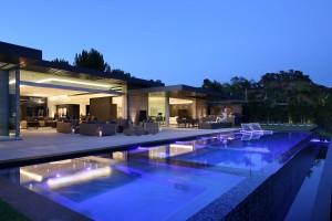 carla-pool-house